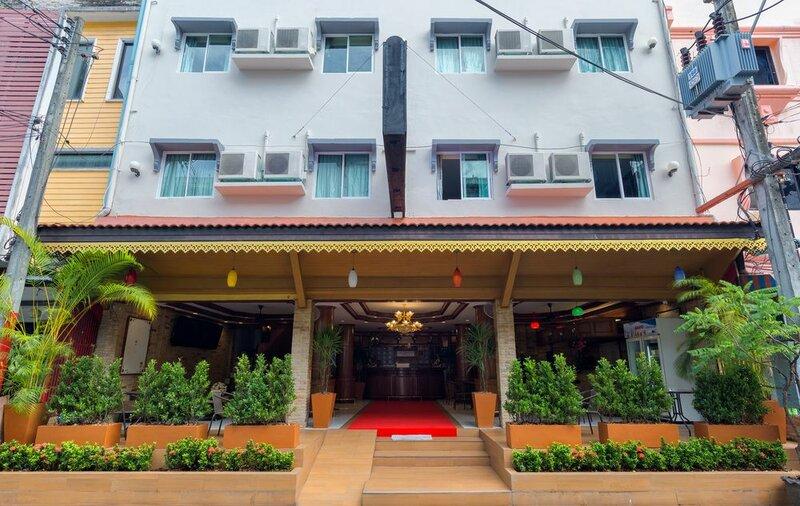 Cc Porntip Hotel