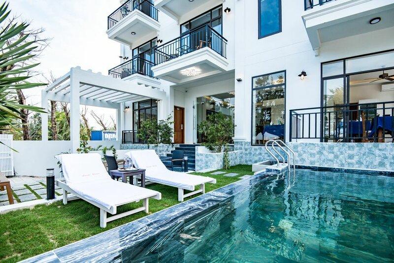 Santa Sea Villa Hoi An