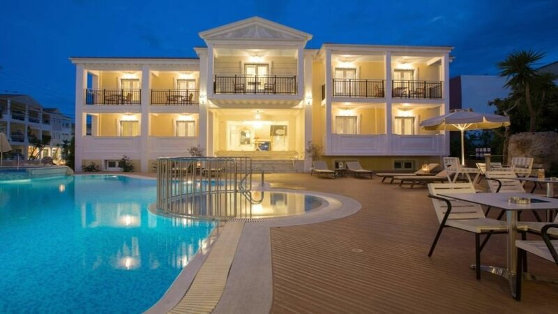 Royal Nidri Hotel & Apartments