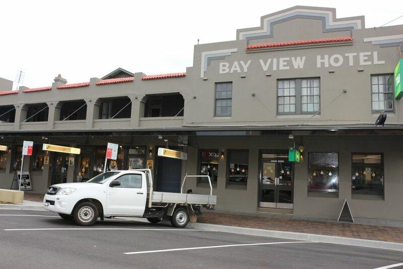 Bayview Hotel Batemans Bay