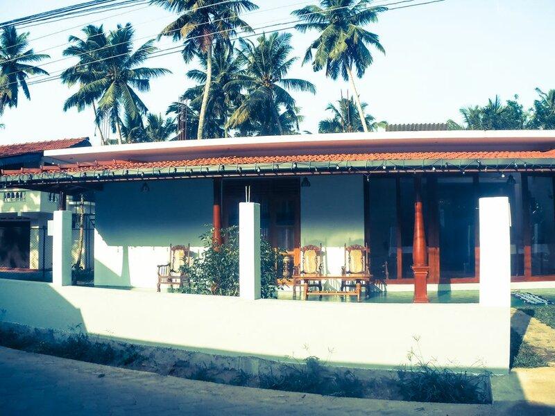 Talalla Sea Anemone Hotel