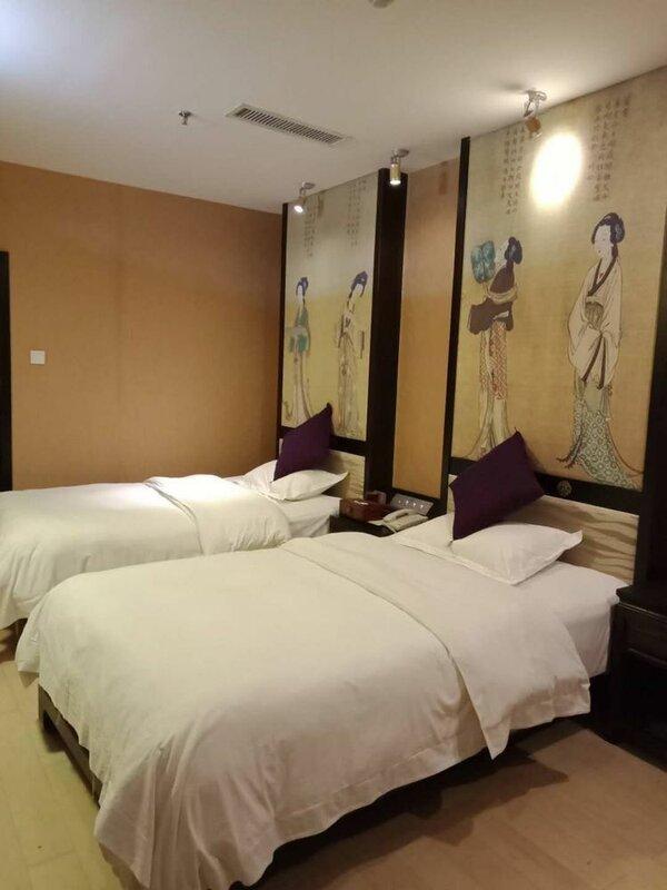 Li Jiang XI Duo Fu Bie Yuan Inn