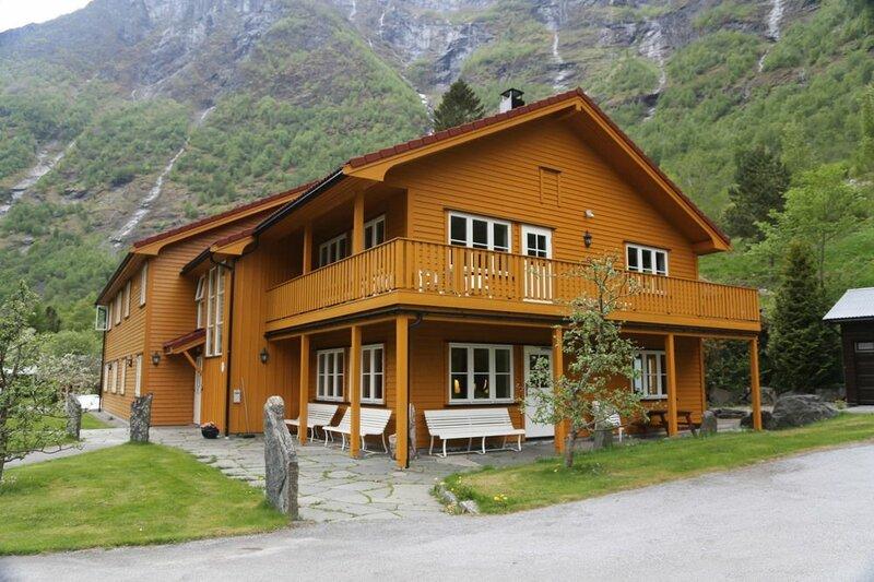 Flåm Hostel & Cabins