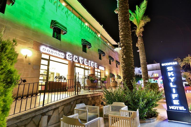Skylife Hotel