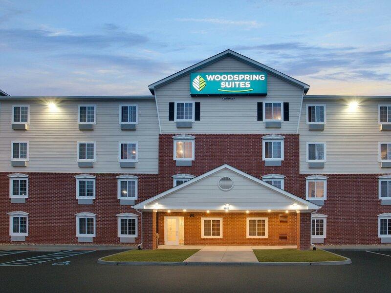 WoodSpring Suites Virginia Beach Town Center