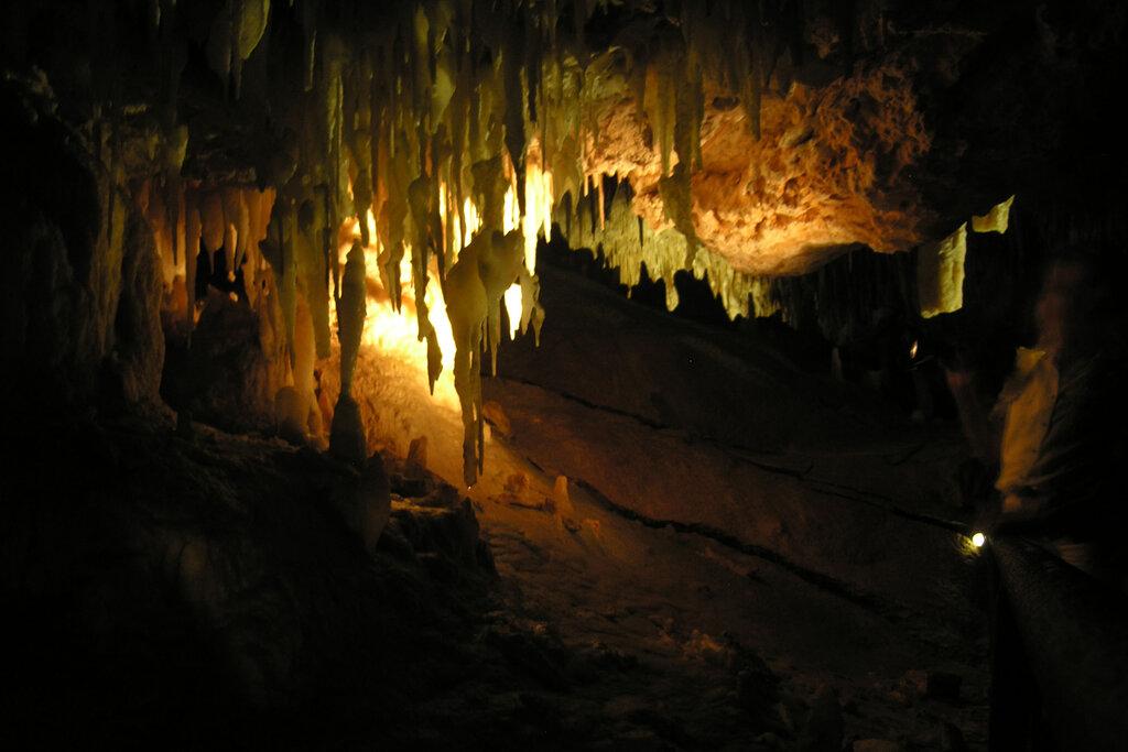 остров в австралии фото пещера соорудили