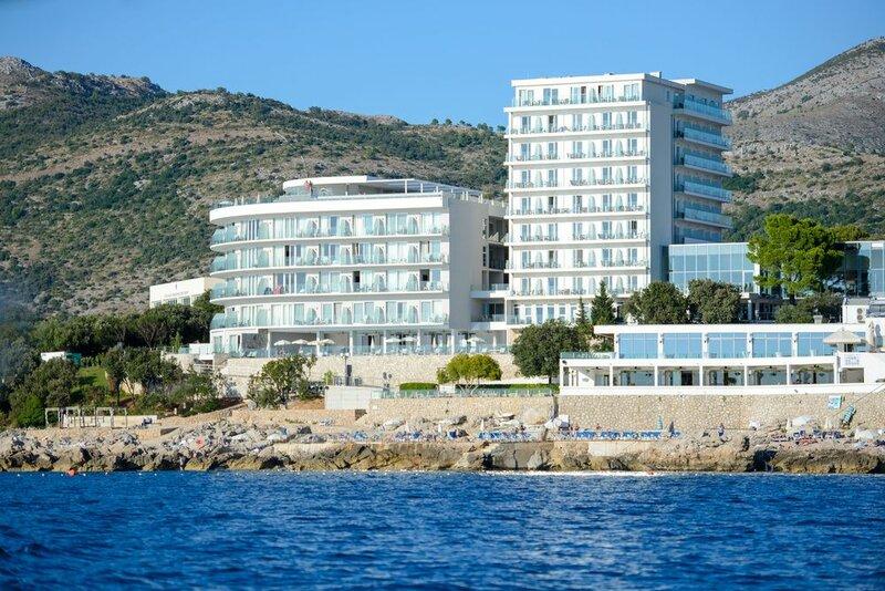 Royal Blue Hotel
