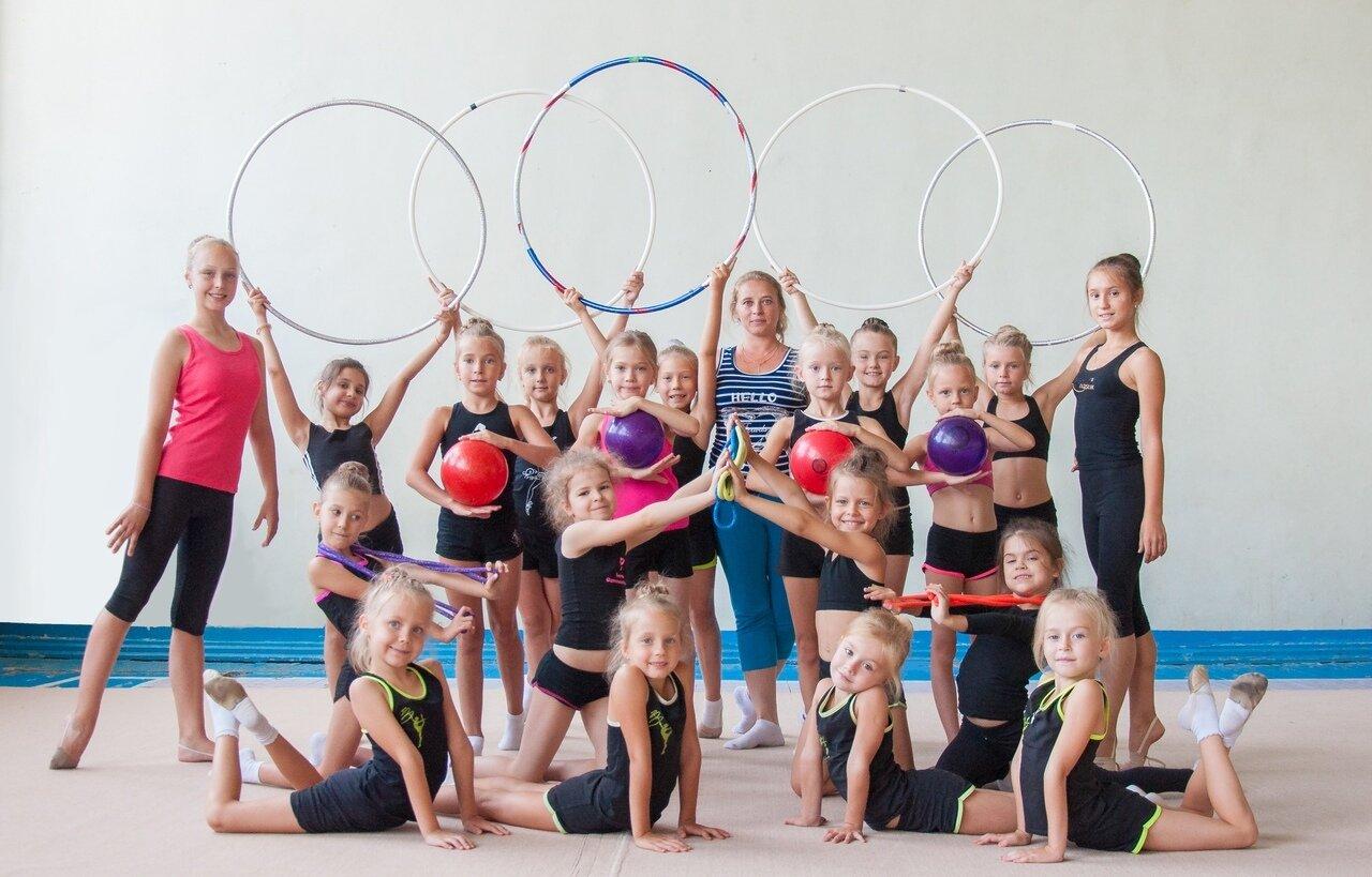 пишет, что художественная гимнастика в людинове фото прикольные, мешные