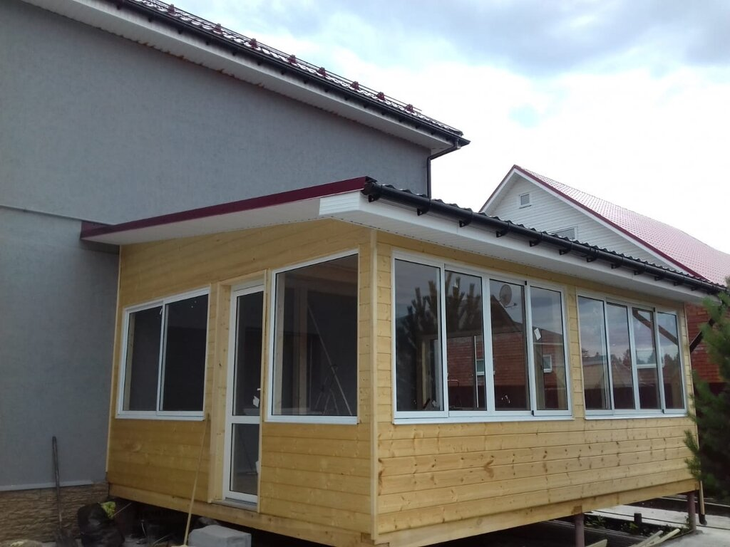фотографией пристройка к деревянному дому кухни фото речь