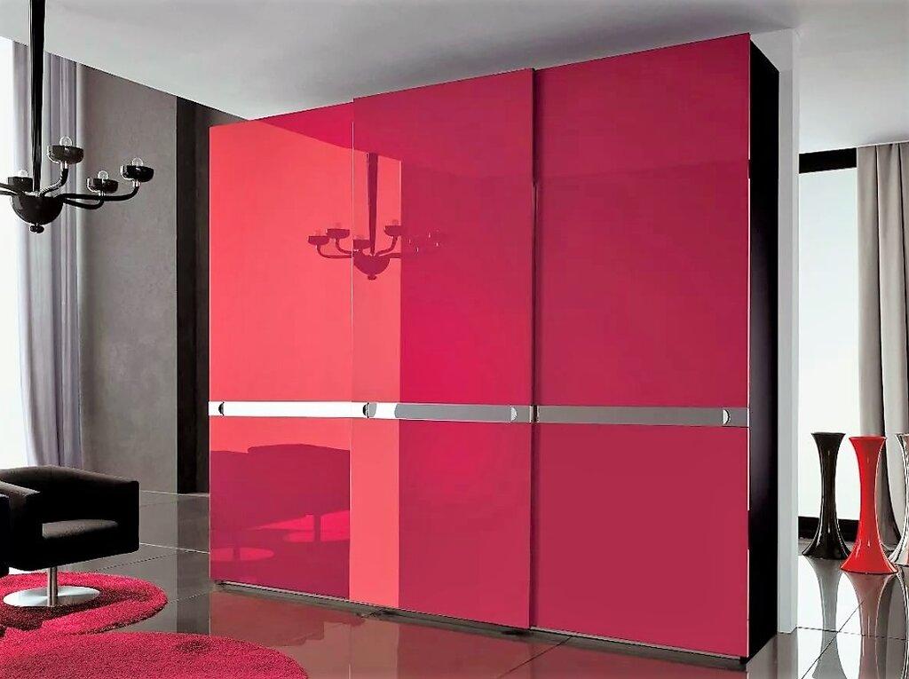 шкафы купе с яркими дверями фото если