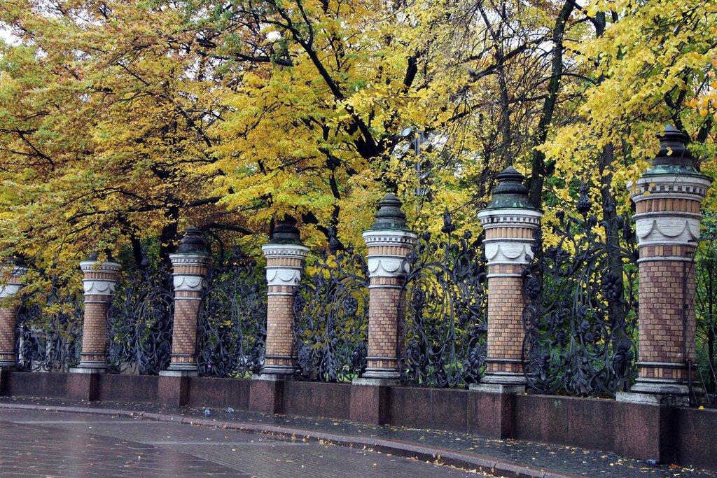 михайловский сад спб фото авто один крупнейших
