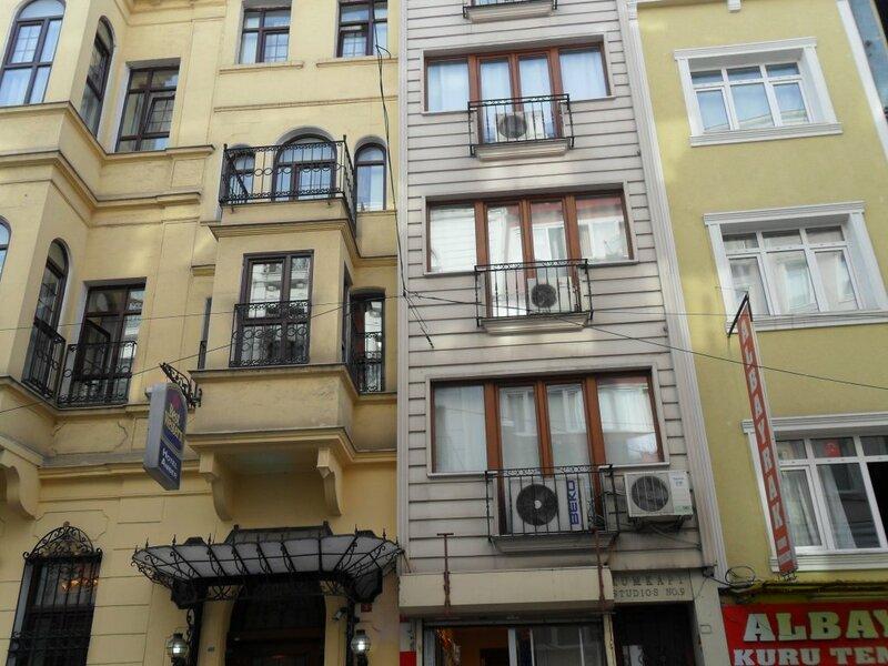 Eroz Rental House
