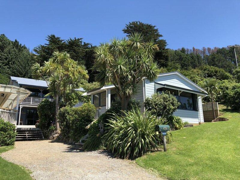 French Pass Beachfront Villas