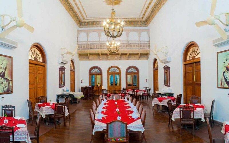 Neemrana's Baradari Palace