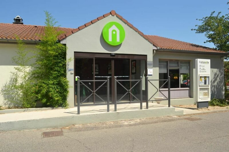 Hôtel Restaurant Campanile Arles