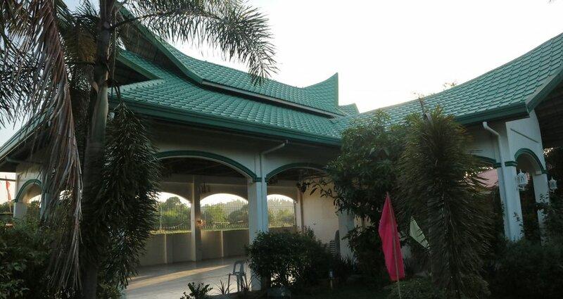 Doña Josefa Aquino Poolside Resort