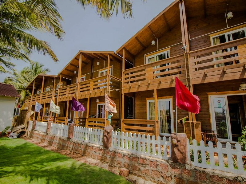 Oyo 14146 Home Modern Beach Cottages Morjim