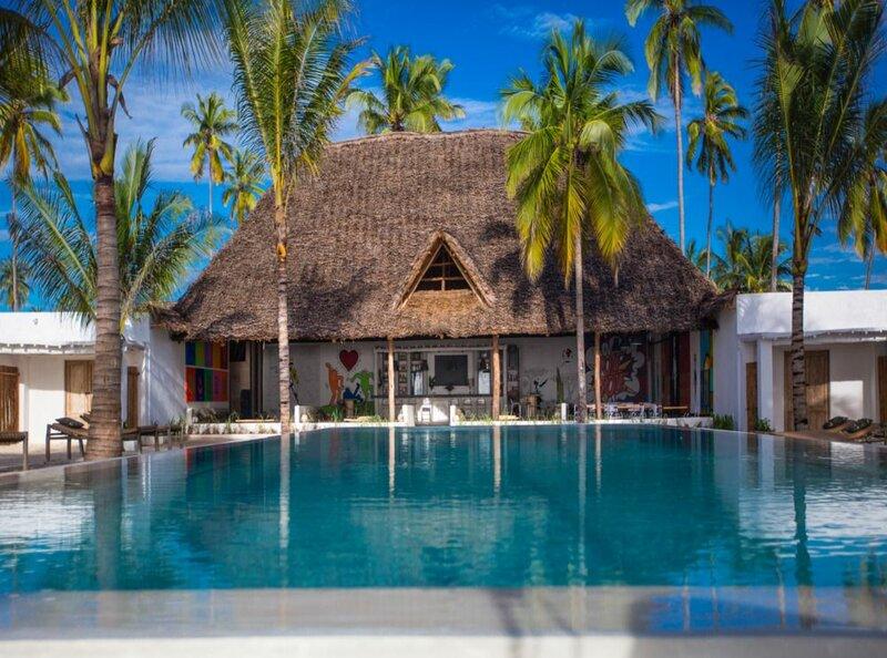 Отель The Loop Beach Resort