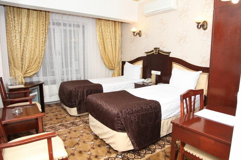 Royal Anka Hotel