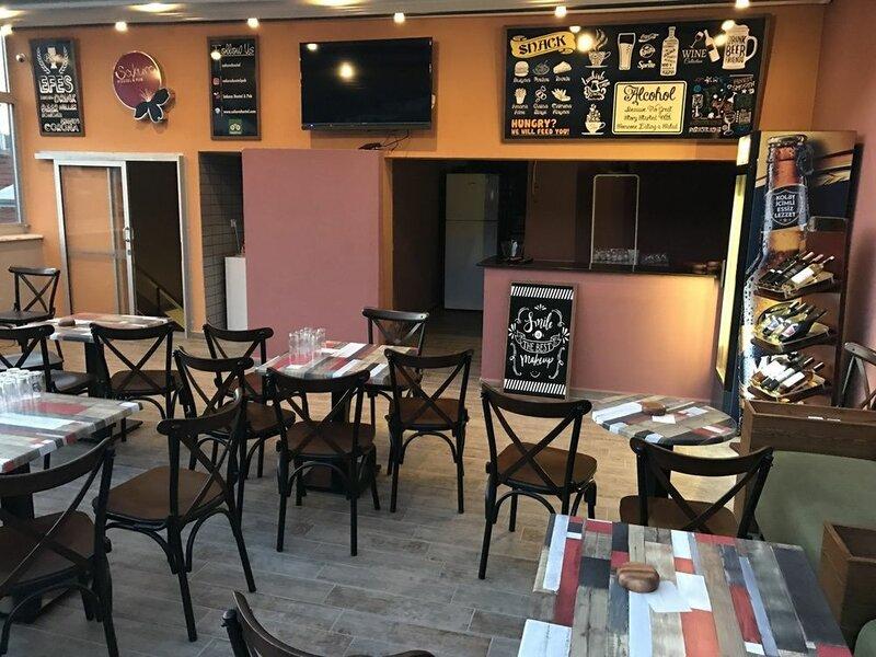 Sakura Hostel & Pub