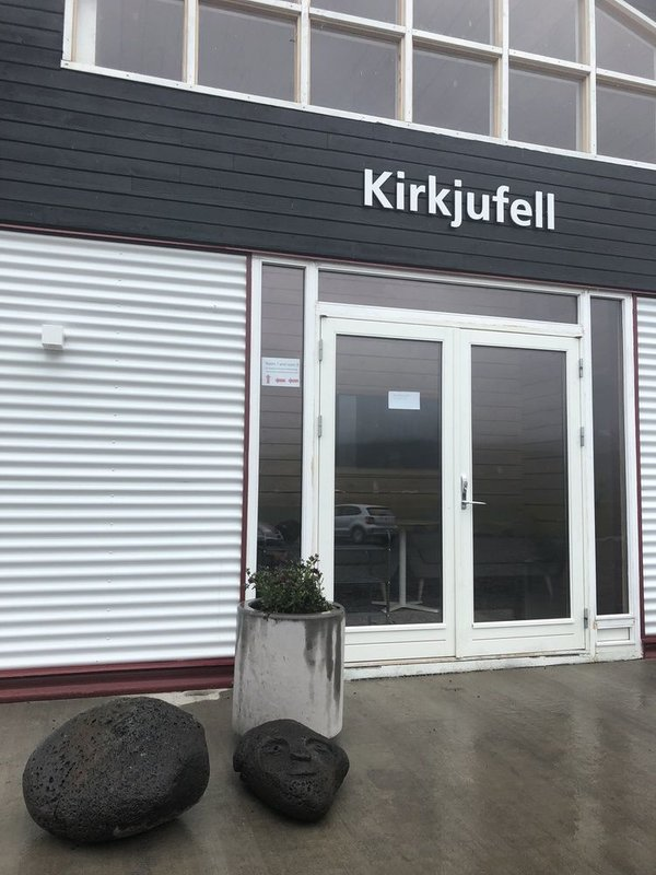 Kirkjufell Guesthouse and Apartments