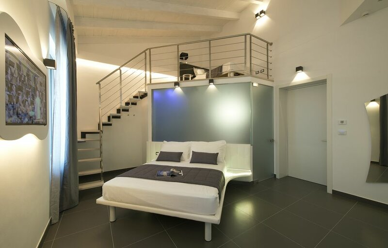 Mia Aparthotel