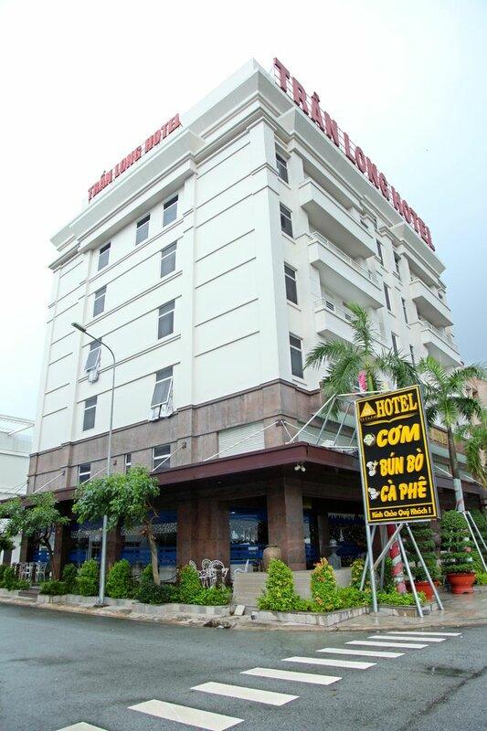 Tran Long Binh Duong Hotel