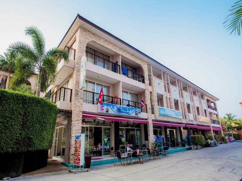 Kata Blue Sea Resort