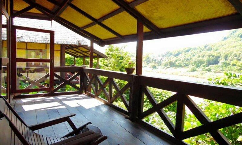 Nong Kiau Riverside