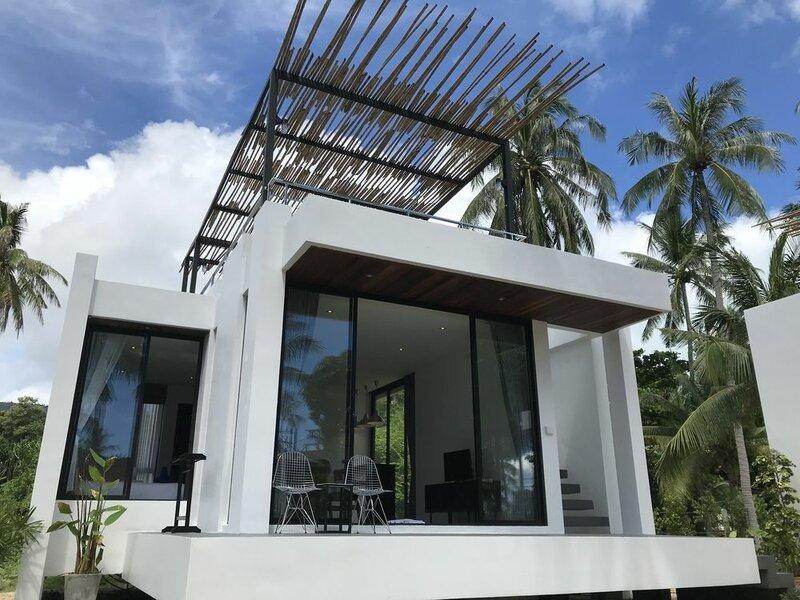 Lennon Maison