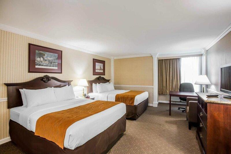 Comfort Inn & Suites Plattsburgh - Morrisonville