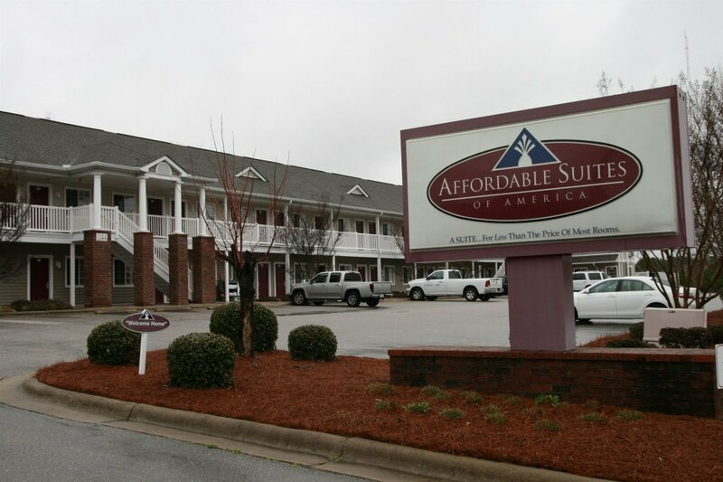 Affordable Suites Rocky Mount