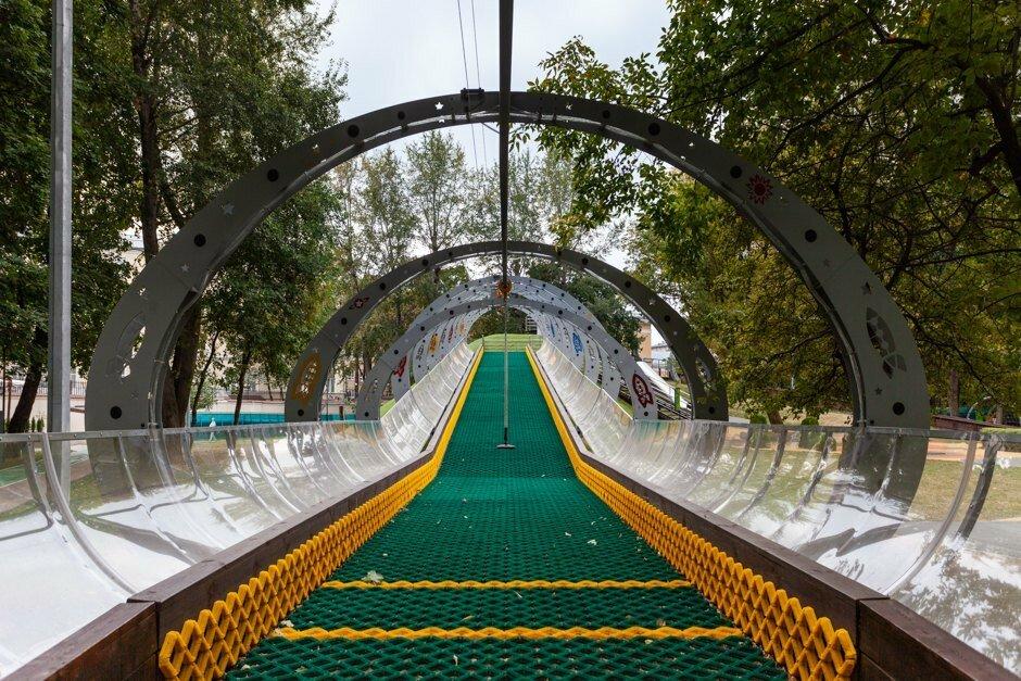 напомнил премьер, самый красивый парк в москве летом фото батарея