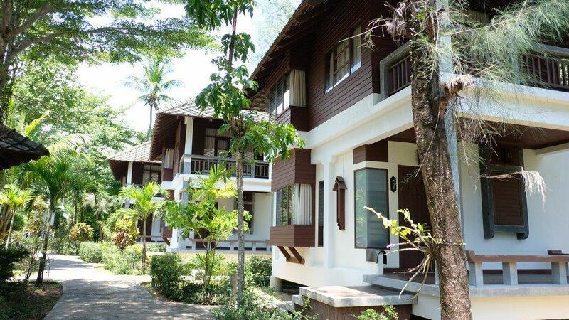 Lah Own Khaolak Resort