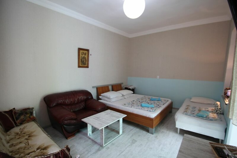 Guest house Nise