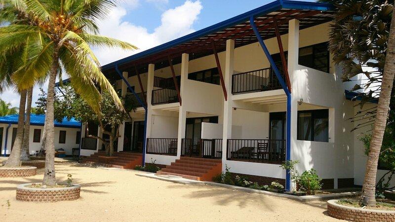 Welle Wadiya Beach Hotel