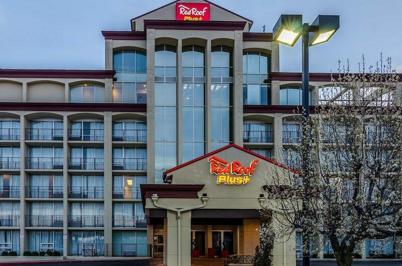 Red Roof Inn Plus+ Wichita East