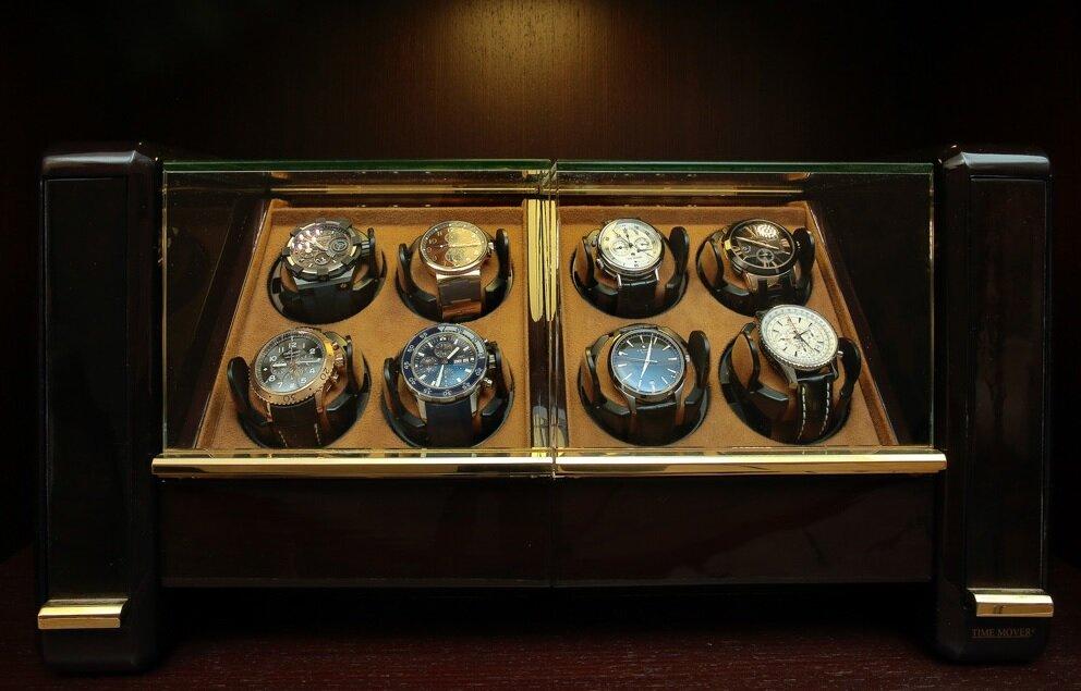 На часовой киевской ломбард скупка swatch часы
