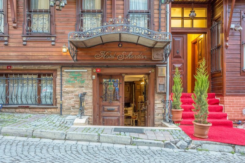 Sphendon Hotel