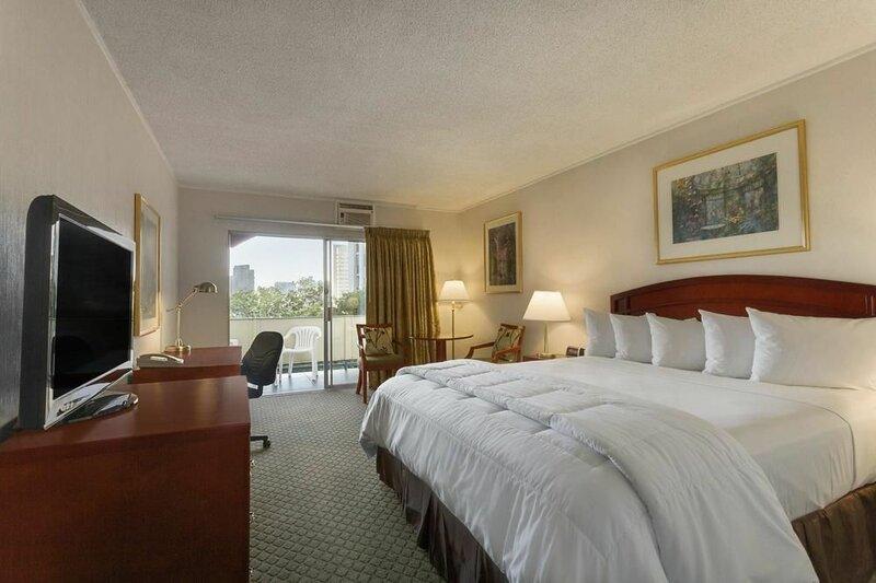 Days Inn by Wyndham San Diego/Downtown/Convention Center