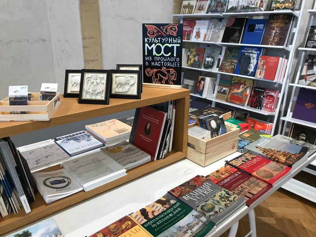 книжный магазин — Магазин музея архитектуры имени А. В. Щусева — Москва, фото №5