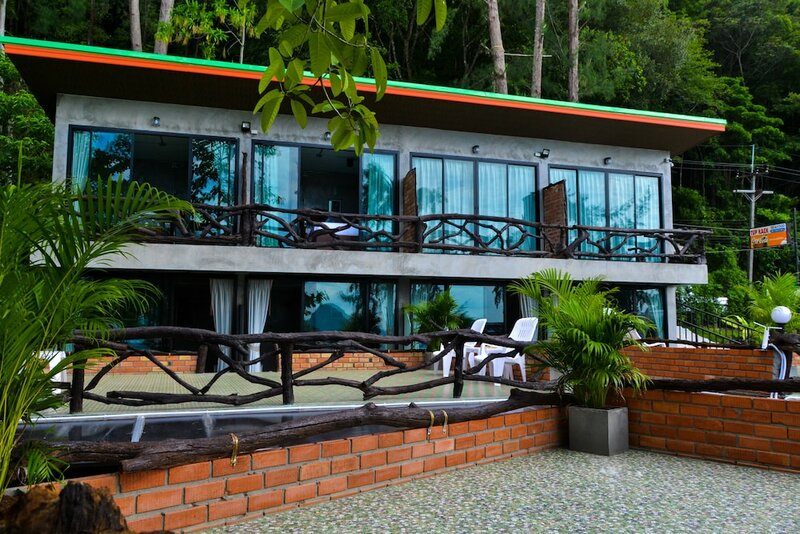 Baan Tubkaek Hotel