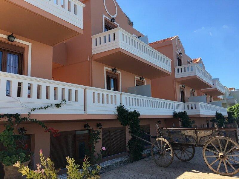 Porto Kalyves Seaside Apartments
