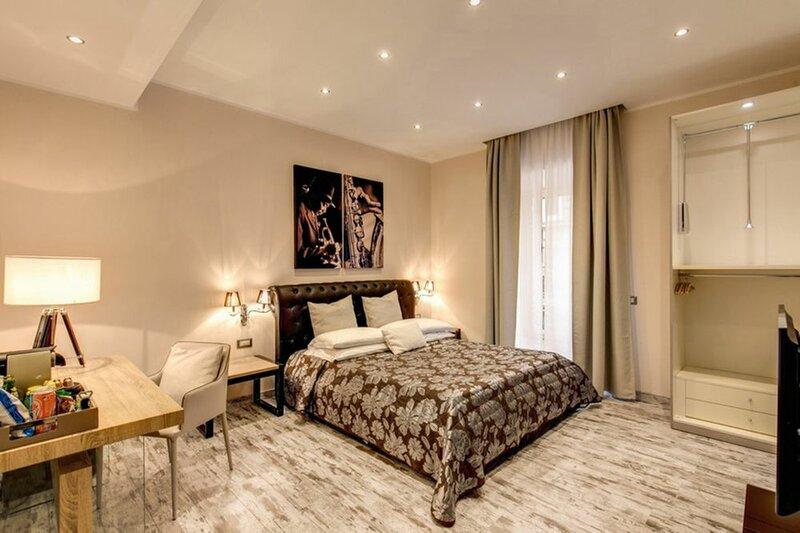 Colonna 18 Guest House