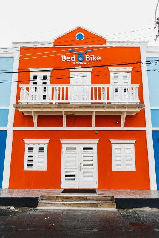 Bed & Bike Curacao Hotel