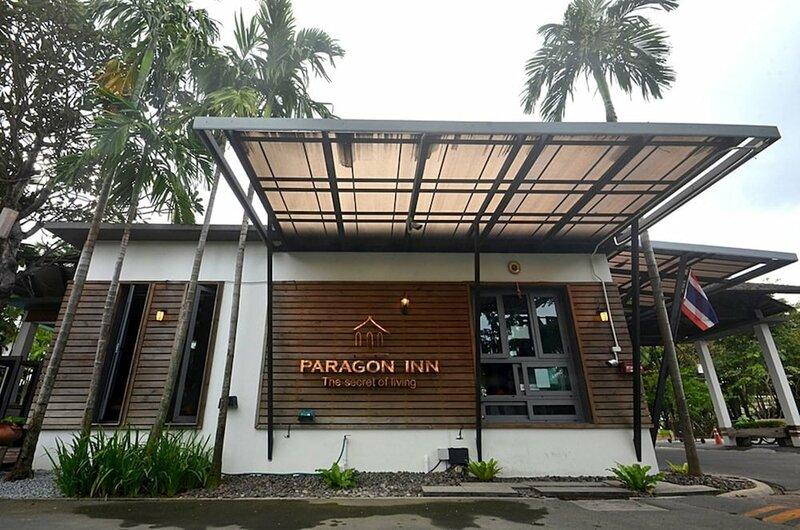Paragon Inn