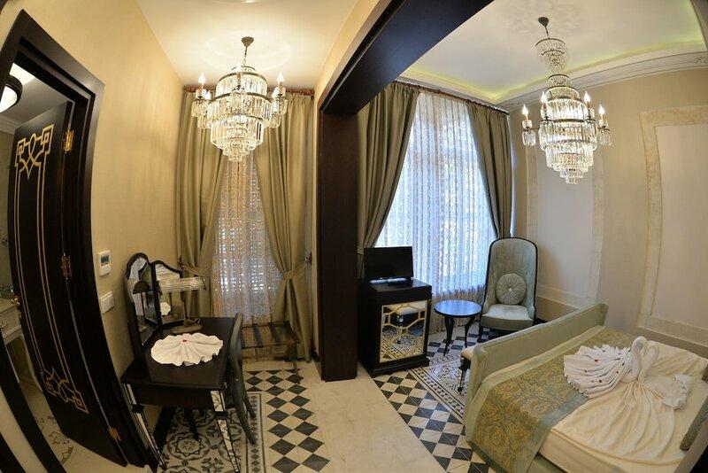 Shahut Hotel
