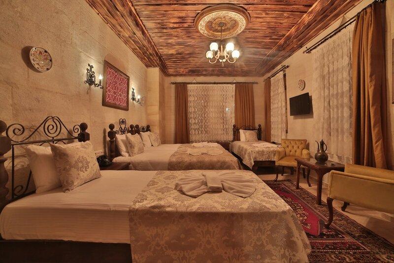 Caravanserai Inn Hotel
