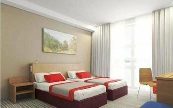 гостиница — Ramada Hotel & Suites by Wyndham — Елабуга, фото №2