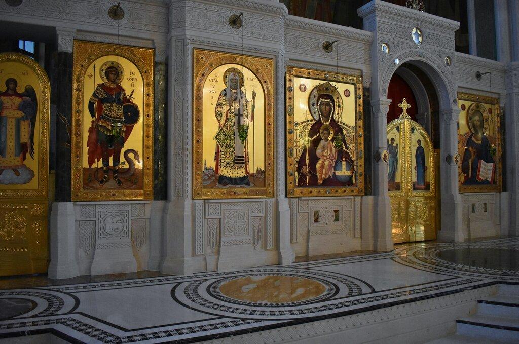 православный храм — Церковь Новомучеников и Исповедников Российских в Сретенском монастыре — Москва, фото №2